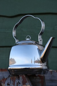 Petromax Stainless Steel Camp Kettle 1.5L Photo