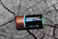 Duracell ULTRA CR123 battery