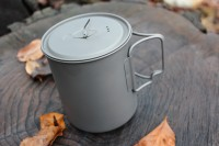 Titanium Mug with lid 750ML