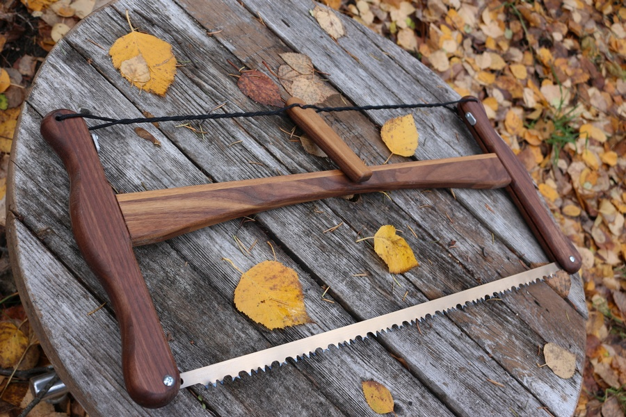 Esker Buck Saw Walnut - Bushcraft Canada